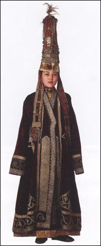 Kazakhstan's traditional clothes | Traditional clothing of the world