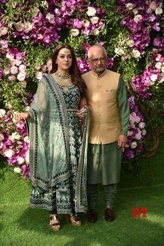 Mumbai: Juhi Chawla and Jay Mehta at Akash, Shloka wedding festivities (Batch - - Social News XYZ Bollywood Stars, Bollywood Fashion, Beautiful Romantic Pictures, Juhi Chawla, Indian Photoshoot, Kids Fashion Boy, Indian Movies, Bollywood Celebrities, Indian Designer Wear