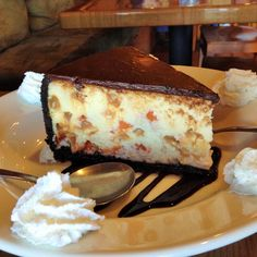 Irish Cream Cheesecake Pita Plate, they make it themselves and the size is huge