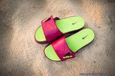 Raspberry Nike Air LeBron 2 Slide Elite Sortie