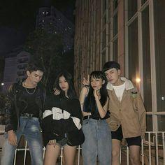 Korean Best Friends, Boy And Girl Best Friends, Ulzzang Couple, Ulzzang Girl, Korean Couple, Korean Girl, Squad Pictures, Girl Friendship, Best Friend Pictures