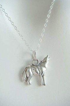 With my spirit animal being my spirt animal, I need this Saga Twilight, Twilight Jacob, Wolf Jewelry, Animal Jewelry, Jewelry Box, Wolf Necklace, Fantasy Romance, Wolf Howling, Cool Necklaces