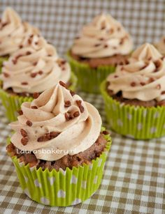 appel-kaneel cupcakes Cupcake Toppings, Cupcake Images, Food Truck, Cake Cookies, Muffins, Dessert Recipes, Food And Drink, Sweets, Snacks