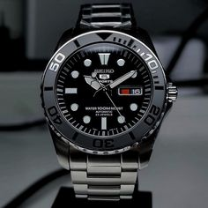 Cool Watches, Watches For Men, Seiko Mod, Seiko Diver, Seiko Watches, Outdoor Gear, Outdoor Stuff, Casio, Omega Watch