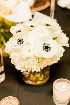 Wedding reception centerpiece idea; Featured photographer: Elyse Hall Photography