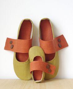 Linen room shoes by http://www.flickr.com/photos/gaudblogvrudaii