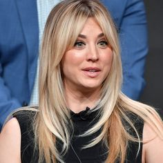 """CBS is developing a single-camera comedy series that boasts """"Big Bang Theory"""" alum Kaley Cuoco among its executive producers. Long Hair With Bangs, Long Hair Cuts, Kaylee Cuoco Hair, Hairstyles With Bangs, Cool Hairstyles, Medium Hair Styles, Long Hair Styles, Rides Front, Hippie Look"""