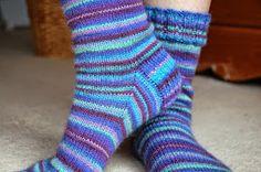 Winwick Mum: Basic 4ply sock pattern and tutorial - easy beginner sock knitting!