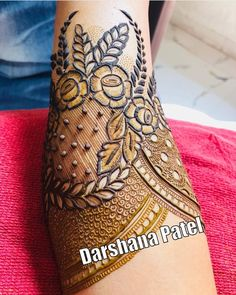 Promoting and supporting your work. DM for Business/promotion enquiries. Simple Arabic Mehndi Designs, Henna Art Designs, Stylish Mehndi Designs, Mehndi Designs For Beginners, Mehndi Design Pictures, Dulhan Mehndi Designs, Wedding Mehndi Designs, Mehndi Designs For Fingers, Best Mehndi Designs
