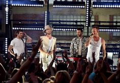 The 2017 CMT Music Awards Winners List and Performances of Carrie Underwood, Keith Urban, The Chainsmokers, Florida Georgia Line - pm studio world wide music news