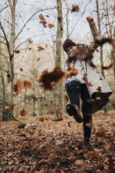 10 Ideas To Make Your Home Cozy And Warm In Autumn – Photography, Landscape photography, Photography tips Autumn Photography, Girl Photography, Creative Photography, Amazing Photography, Photography Ideas, Fall Senior Photography, Photography Sketchbook, Photography Hashtags, Photography Studios