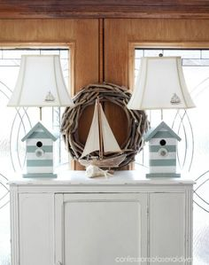 Nautical Beach Lamp Makeover from Birdhouse Lamps - All For Decoration Beach Cottage Style, Beach Cottage Decor, Coastal Style, Coastal Decor, Florida Home Decorating, Buy Lamps, House Lamp, Nantucket, Bird Houses Painted