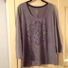 Made For Life tee-NWOT! Made For Life 3/4 sleeve graphic tee, heather gray, super soft cotton/poly blend, size L, NWOT! made for life Tops