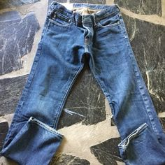 Abercrombie &Fitch jeans Like new men's size 30/32 Reg cut 100% cotton Abercrombie & Fitch Jeans Straight Leg