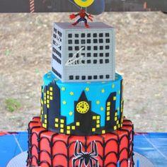 torta spiderman elinoe11