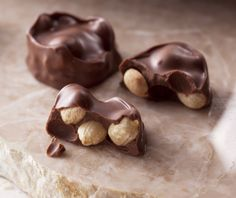 Southern Goodness with Heather Weidner - Tea Cottage Mysteries Chocolate Morsels, Chocolate Bark, Chocolate Peanuts, Chocolate Peanut Butter, Bite Size Desserts, Desserts To Make, Best Dessert Recipes, Peanut Clusters, Peanut Candy