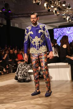 'Lasting Loyalty' Bridal Collection By Ali Xeeshan At Ali Xeeshan showcased his latest bridal collection at the PFDC L'Oreal Ali Xeeshan, Pakistani Bridal Dresses, Couture Week, Bridal Collection, Lehenga, Christmas Sweaters, Vogue, Indian, Design