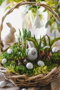 Easter special: DIY ideas for a beautiful Easter decoration - . - Easter special: DIY ideas for a beautiful Easter decoration – decoration - Easter Flowers, Easter Tree, Easter Gift, Easter Crafts, Happy Easter, Easter Bunny, Easter Eggs, Easter Table Settings, Easter Table Decorations