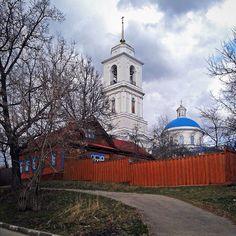 """Repost from @deleksa #serpukhov #cathedral #smalltown #sweaterweather #серпухов #собор"""
