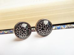 Dahlia Stud Earrings, Mum Studs, Chrysanthemum Earrings, Dark Flowers Studs, Floral Glass Studs, Black Pattern Studs, Gothic Lolita Earrings