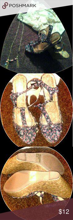 Women's Wedge Sandal Women's Size 10 Flowered Wedge Sandal Brand New Shoes Sandals