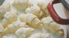 Havasi kifli Hungarian Recipes, Biscuits, Sweet Tooth, Food And Drink, Dairy, Cheese, Cookies, Chocolate, Baking