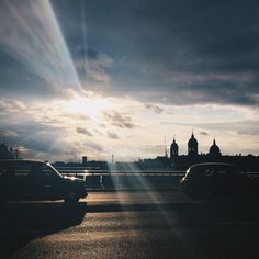 The evening sun breaks through the clouds over #London #BurberryWeather 19°C | 66°F