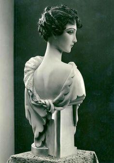 Pierre Imans - Mannequins de Cire - Tête de Femme - Années 20-30 Vintage Mannequin, Mannequin Heads, Artists And Models, Cotton Club, Art Deco Fashion, 1930s Fashion, Halloween Pictures, Illustrations, Doll Face
