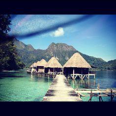 Ora Beach, Ambon, Maluku, East Indonesia. Enjoy my friend! All the best. Vergeet niet een kaartje te sturen! ;)