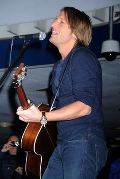 Keith Urbans surprise concert!