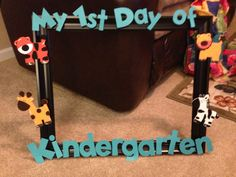 The kiddos will hold it up for a picture. Cut out letters on Cricut machine.frame is from Michaels and animals are from ACMoore Superhero Classroom Decorations, Mickey Mouse Classroom, Disney Classroom, Classroom Themes, First Day Of School Pictures, First Day School, Beginning Of The School Year, School Photos, School Picture Frames