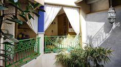 Marrakech-terrace-home-green-balustrade-dec13