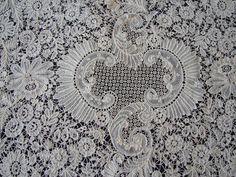 Maria Niforos - Fine Antique Lace, Linens & Textiles : Antique Lace # LA-225 Majestic Brussels Lace Shawl w/ Point De Gaze Lace