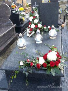 Basket Flower Arrangements, Funeral Flower Arrangements, Modern Flower Arrangements, Grave Flowers, Cemetery Flowers, Funeral Flowers, Flores Funeral, Fall Flowers, Diy Flowers