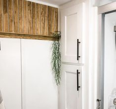 This half slat wall is the perfect spa vibes for this RV bathroom!