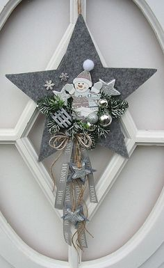 Christmas is coming - Sieda Beton Website - rosetypes - Christmas is coming – Sieda Beton website christmas decorations – rosetypes - Christmas Is Coming, All Things Christmas, Christmas Time, Christmas Wreaths, Christmas Decorations, Christmas Ornaments, Holiday Decor, Christmas Projects, Diy And Crafts