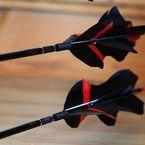 CUSTOM-PFEILE | Waldläufers Pfeilbau - Heul- und Fluflupfeile Archery Tips, Archery Arrows, Wooden Arrows, Outdoor Power Equipment, Survival, Knives, Arrows, Knife Making, Knifes