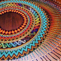 OKAMA FIRSIRU #okama #moda #cultura #mosaico #tradiccion #embera #medellin #pereira #colombia #collar #oro #india #indigena Seed Bead Art, Seed Beads, Beaded Collar, Collar Necklace, Ethnic Jewelry, Beaded Jewelry, Collar Redondo, Beaded Necklace Patterns, Beaded Crafts