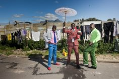 Who Is the Dandy Man? The Congo Subculture Uncovered Congo, Dandy Style, Style Men, African Clothing For Men, Retro Men, Slums, Guys Be Like, Street Photo, Modern Man