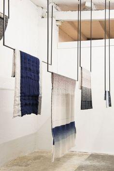 Abstracta 13mm tubes & connectors can make this. www.abstracta.com #simpledisplay #moderndisplay