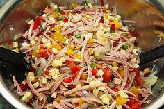 Pikanter Paprika - Käse - Wurst - Salat 5 Fried Rice, Salad Recipes, Buffet, Cabbage, Salads, Brunch, Food And Drink, Low Carb, Snacks