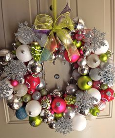 Retro Christmas Ornament Wreath