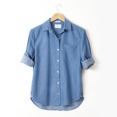 Made in Los Angeles, California from the highest quality fabric from Japan.  The Indigo Bay Blue Shirt No.1 is gently tailored to create a feminine boy fit.  With the perfect attention to detail and a super soft wash, Shirt No.1 is a California classic, made just for you.
