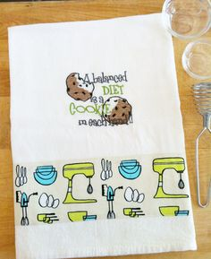 Dish Towel COOKIE / KITCHEN PREP theme, embroidered flour sack style
