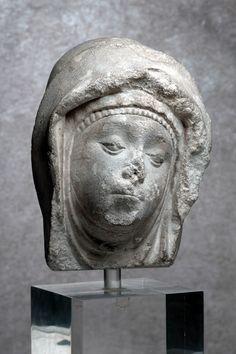 Cap de femna (14e sègle, Musèu dels Augustins, Tolosa)