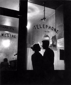 Wehadfacesthen: Au fond de Chez Mestre (In front of Chez Mestre), a photo by Willy Ronis, Paris, 1947 Black And White Picture Wall, Black And White Couples, Black And White Beach, Photo Black, Black And White Pictures, Black And White People, Willy Ronis, Photographie Portrait Inspiration, Brassai