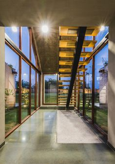 Gallery of Outhouse / MISA ARCHITECTS - 4