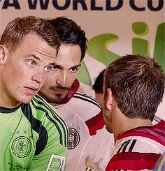 Hummels face is priceless  Neuer, Hummels, and Lahm  (GIF)