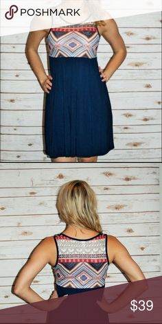 Chloe's Printed Dress Comes in Navy and is made of 95% Rayon and 5% Spandex. Perfect little dress you can play up or down. Comes in S M and L. Dresses Mini