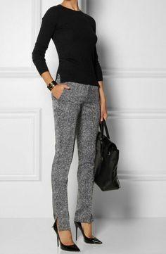 business kleider schwarze bluse elegante graue hose grose schwarze tasche hohe schwarze schuhe